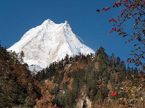尼泊尔登山