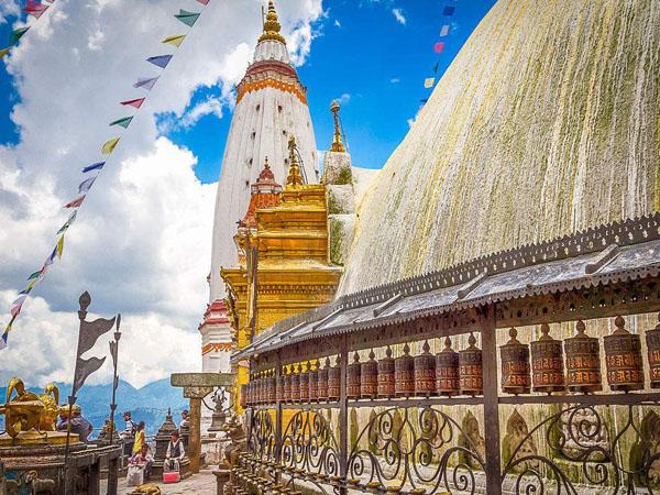 2020年尼泊尔洒红节珠峰十日摄影创作,洒红节狂欢+沙林阔特珠峰美景